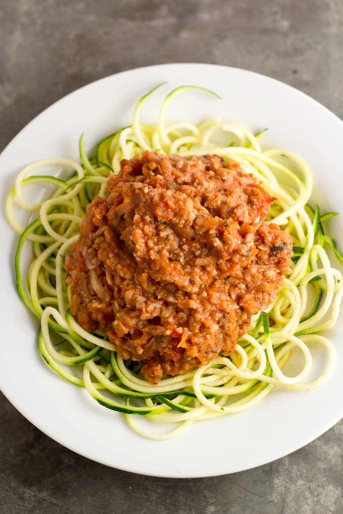 Vegetable Bolognese #vegan #zucchininoodles #zoodles | passtheplants.com