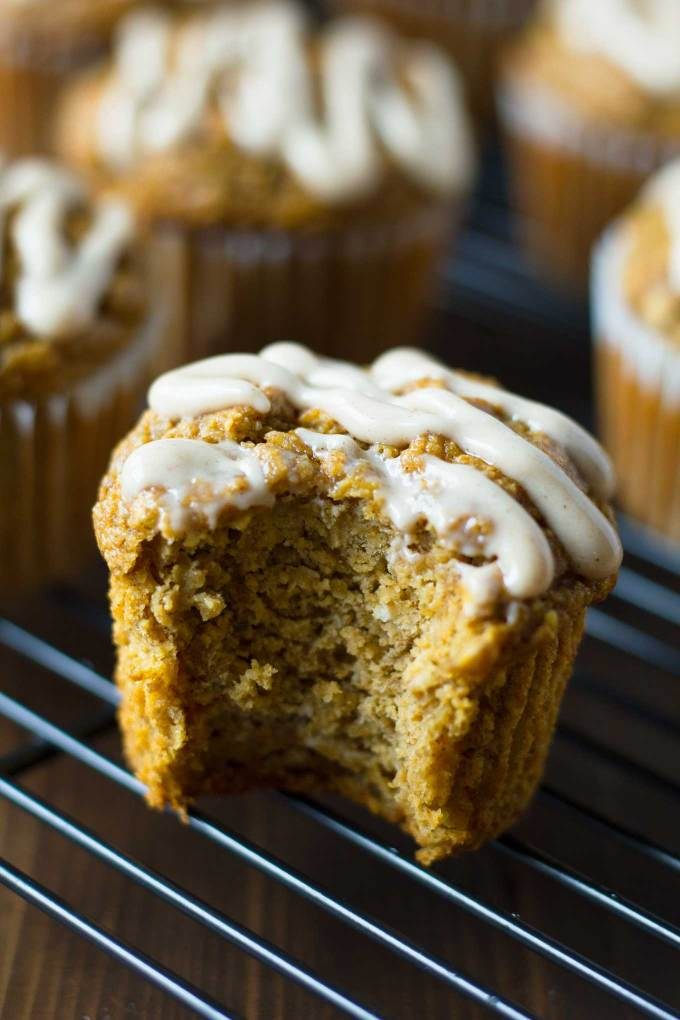 Vegan Pumpkin Blender Muffins | Vegan Pumpkin Blender Muffins are a healthy treat for fall! Gluten-free, and oil-free, yet moist and delicious! | https://passtheplants.com