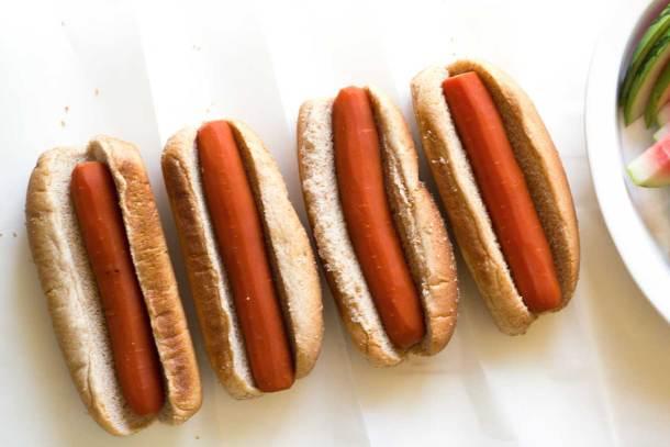 Carrot dogs in buns | Easy Carrot Dogs | Plant-based | Vegan | Recipe | https://passtheplants.com/