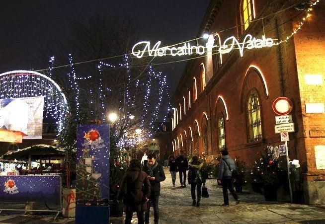 Mercatino di Natale a Torino nel quartiere Borgo Dora