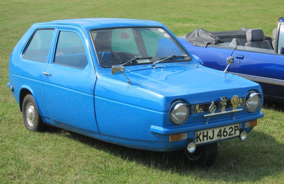 Reliant Robin blu