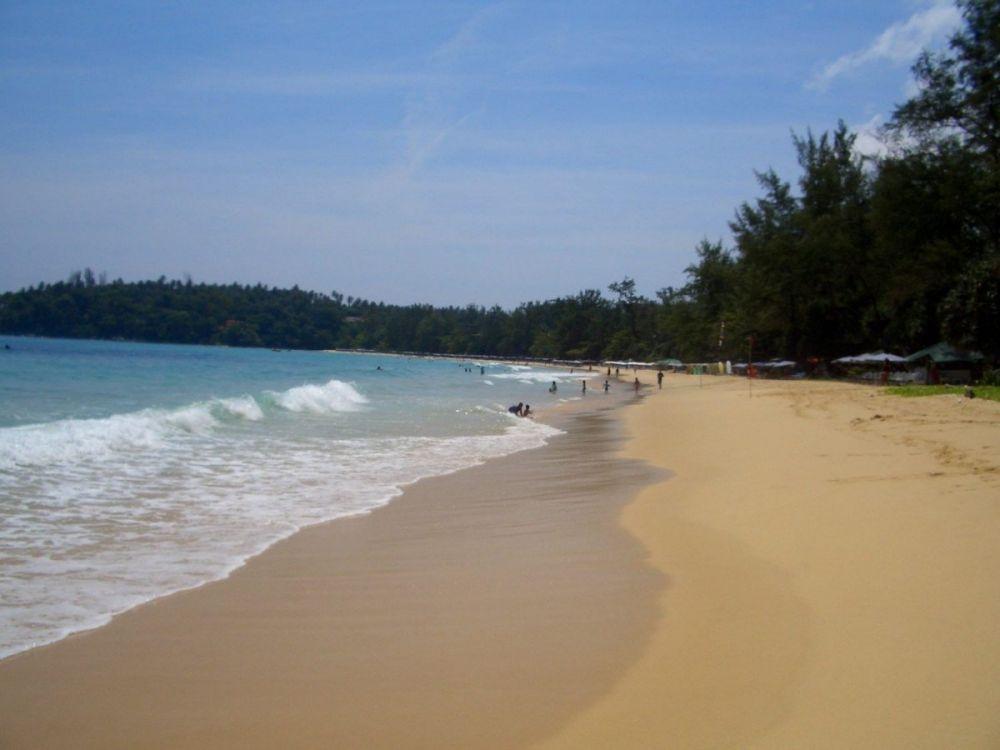 La spiaggia di Kata Beach sull'isola di Phuket in Thailandia