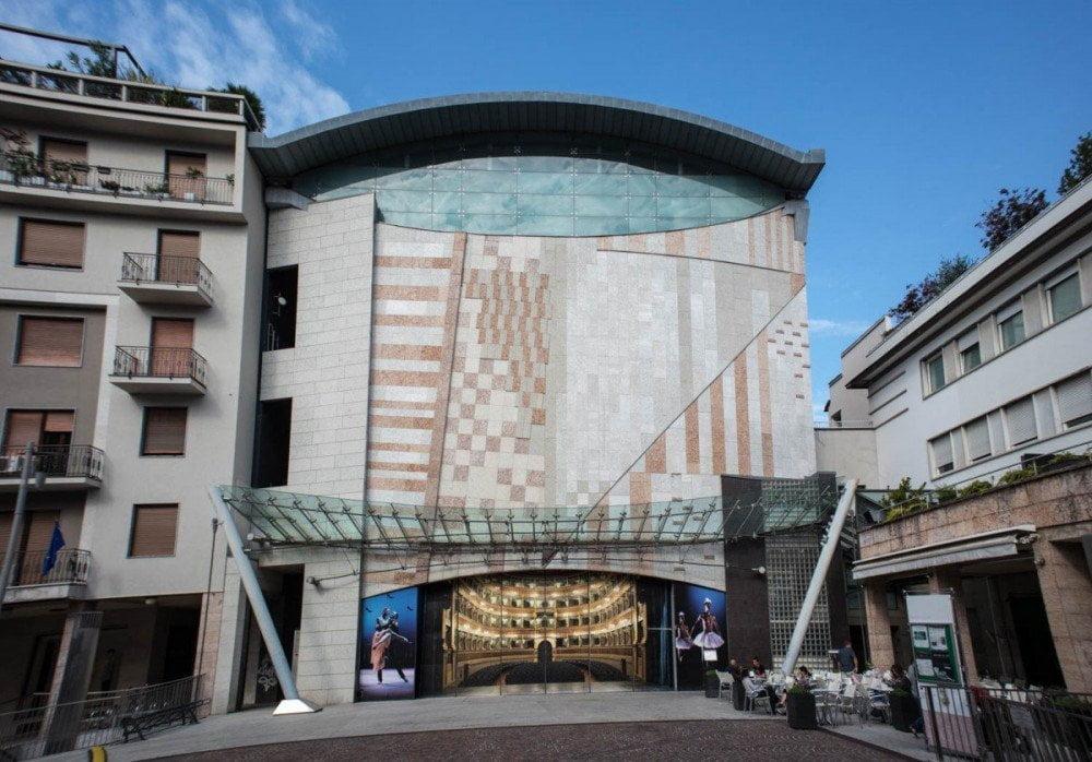 Teatro Sociale e ingresso al SASS a Trento