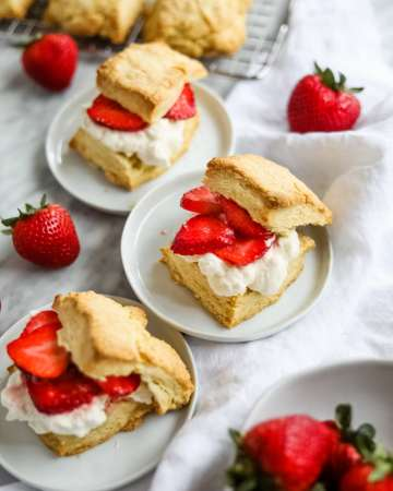easy strawberry shortcake on white plates