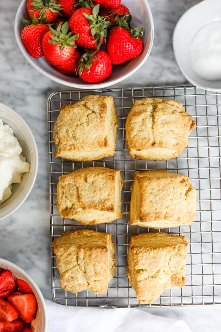 Fluffy shortcake biscuits cooling on rack