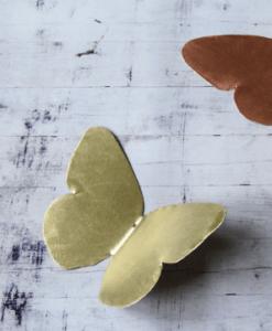 Papillon laiton doré