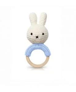 Hochet Miffy en crochet – Bleu tendre