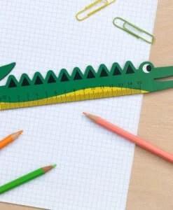 Règle en bois crocodile