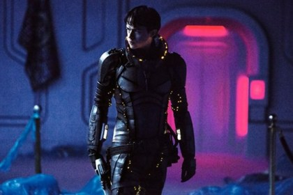 valerian-and-the-city-of-a-thousand-planets-dane-dehaan-600x373