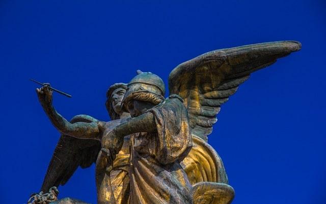 Les anges, les guides et les esprits