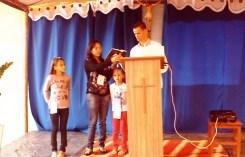 Testemunho de oração na família: Marcos e Marilene, com as filhas Isabella e Mirella