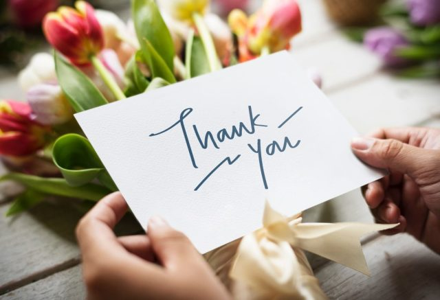Encourage your pastor with a thank you note