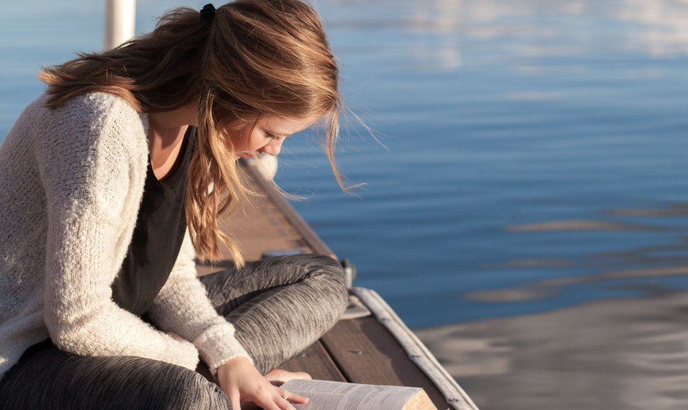 7 ways to nourish your soul through bible reading