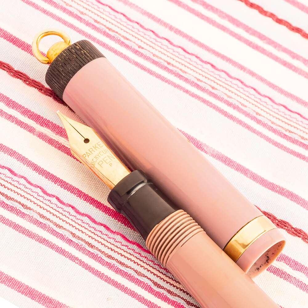 Vintage Parker Duofold Pastel Lucky Curve Purple Violet Fountain Pen