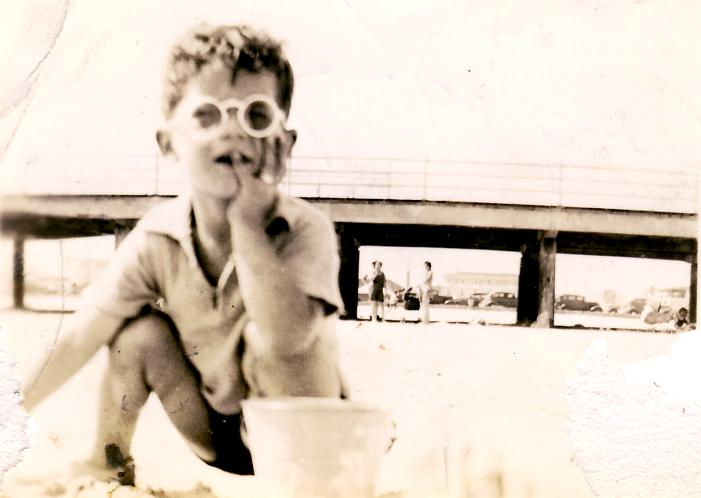 """In 1937, my dad also knew how to spend a weekend with """"Shades""""!"""