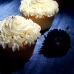 {Vanilla Cupcakes} – Cupcakes cu vanilie