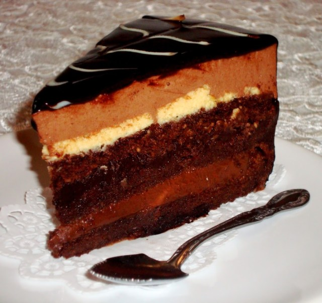 layered chocolate cake