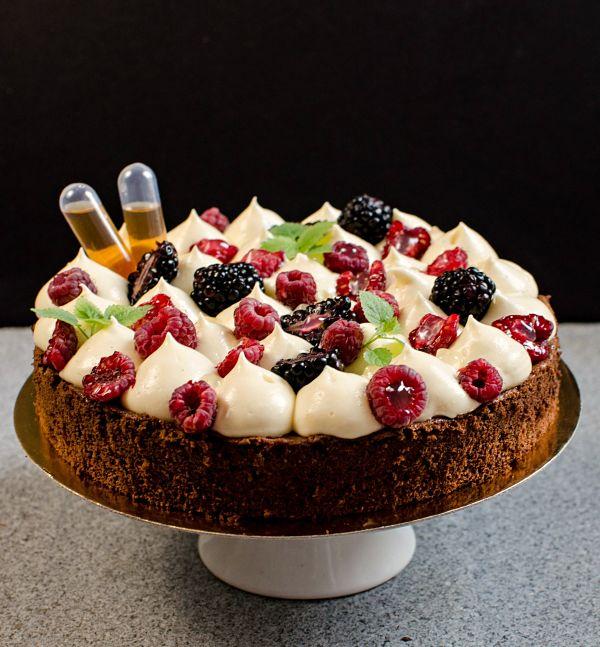 Amaretto mousseline tart
