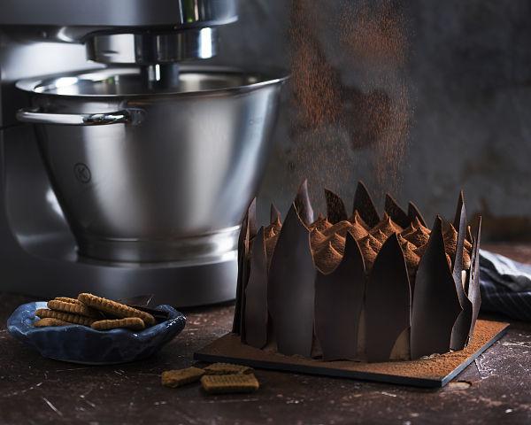 chocolate speculoos cake