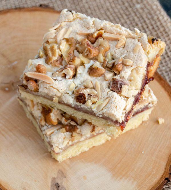 almond meringue bars