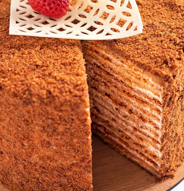Medovik tort rusesc cu foi cu miere