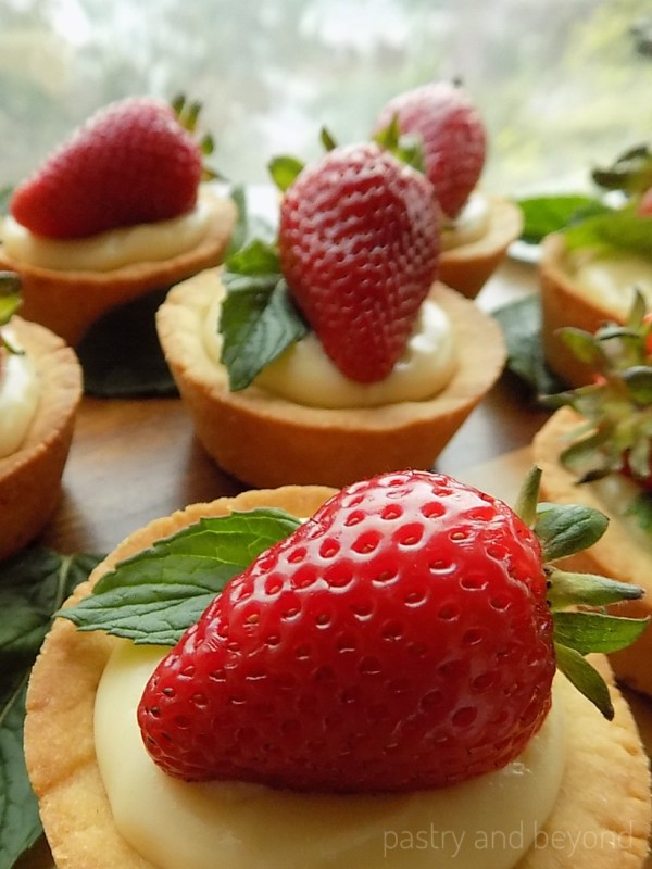 Strawberry & Mint Cookie Cups Filled with Pastry Cream