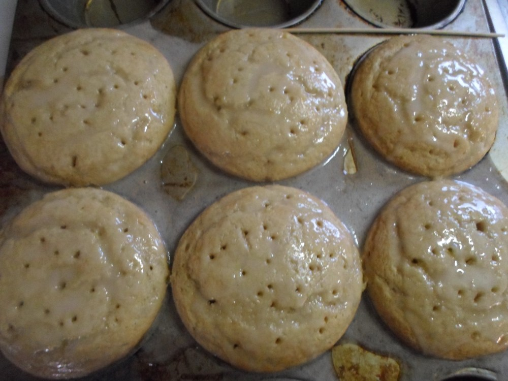 Lemon and Green Tea Cupcakes with Honey Buttercream (3/6)