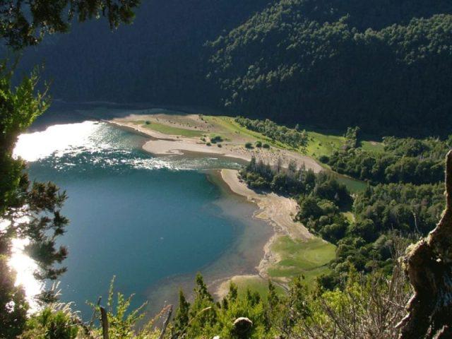 Parque Nacional Los Alerces, compartido por Esquel y Trevelin, una de las mejores propuestas para el verano en Chubut