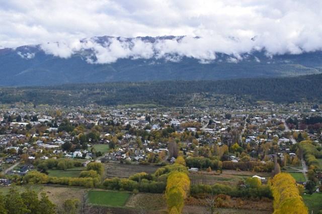 Vista panorámica de El Bolsón, Comarca Andina. Localidades que habilitaron la libre circulación.