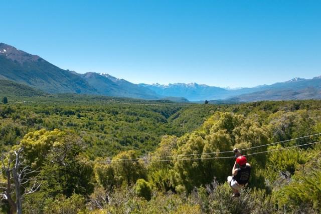 Canopy en la cordillera, Corredor de los Andes en la Patagonia.