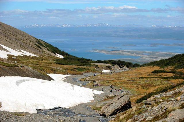 Vista panorámica desde el Glaciar hacia Ushuaia.