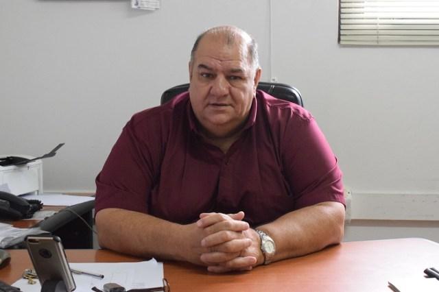 Néstor García, ministro de Chubut hablando de la ocupación plena en la Cordillera chubutense.