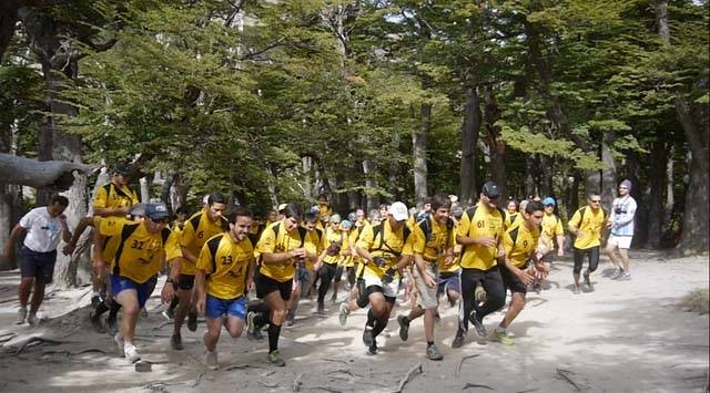 Competidores largando la carrera en El Chaltén.