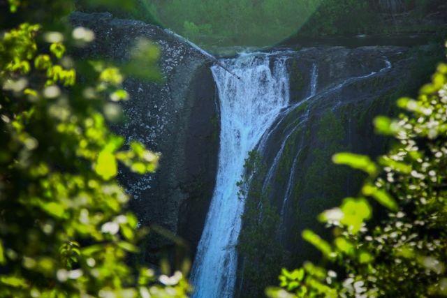 Cascada escondida en Mallín Ahogado El Bolsón.