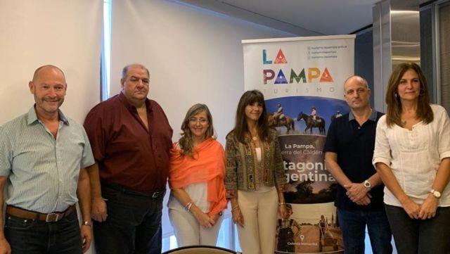 Funcionarios del Ente Patagonia en reunión por el Coronavirus.