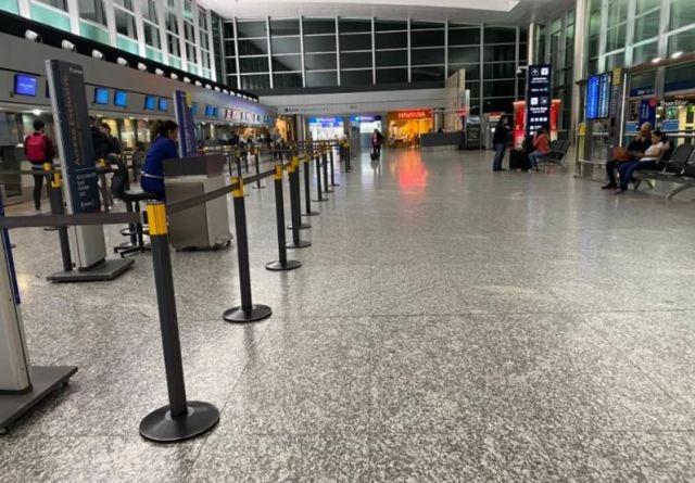Suspenden vuelos, colectivos y trenes en el país.