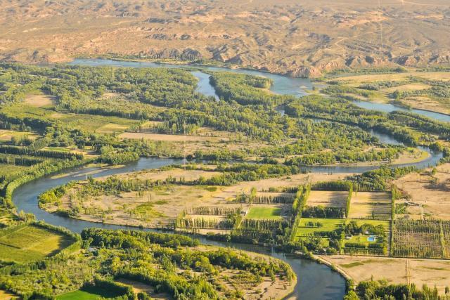 Limay y Neuquén, ríos que forman parte de la leyenda.