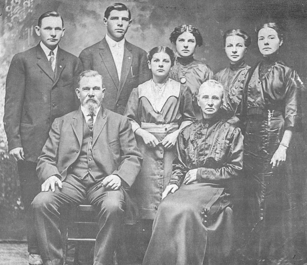 William Doerr Family abt 1915