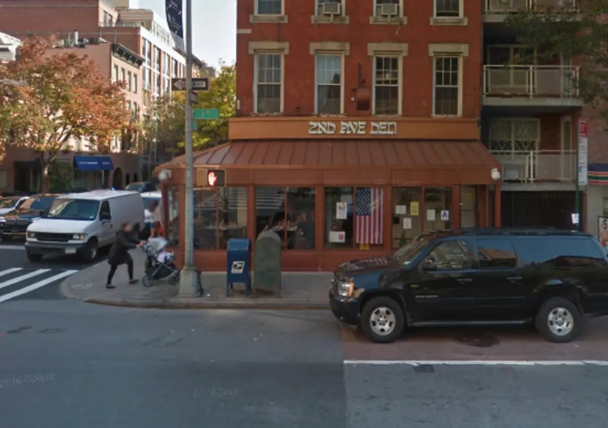 2nd ave deli opens