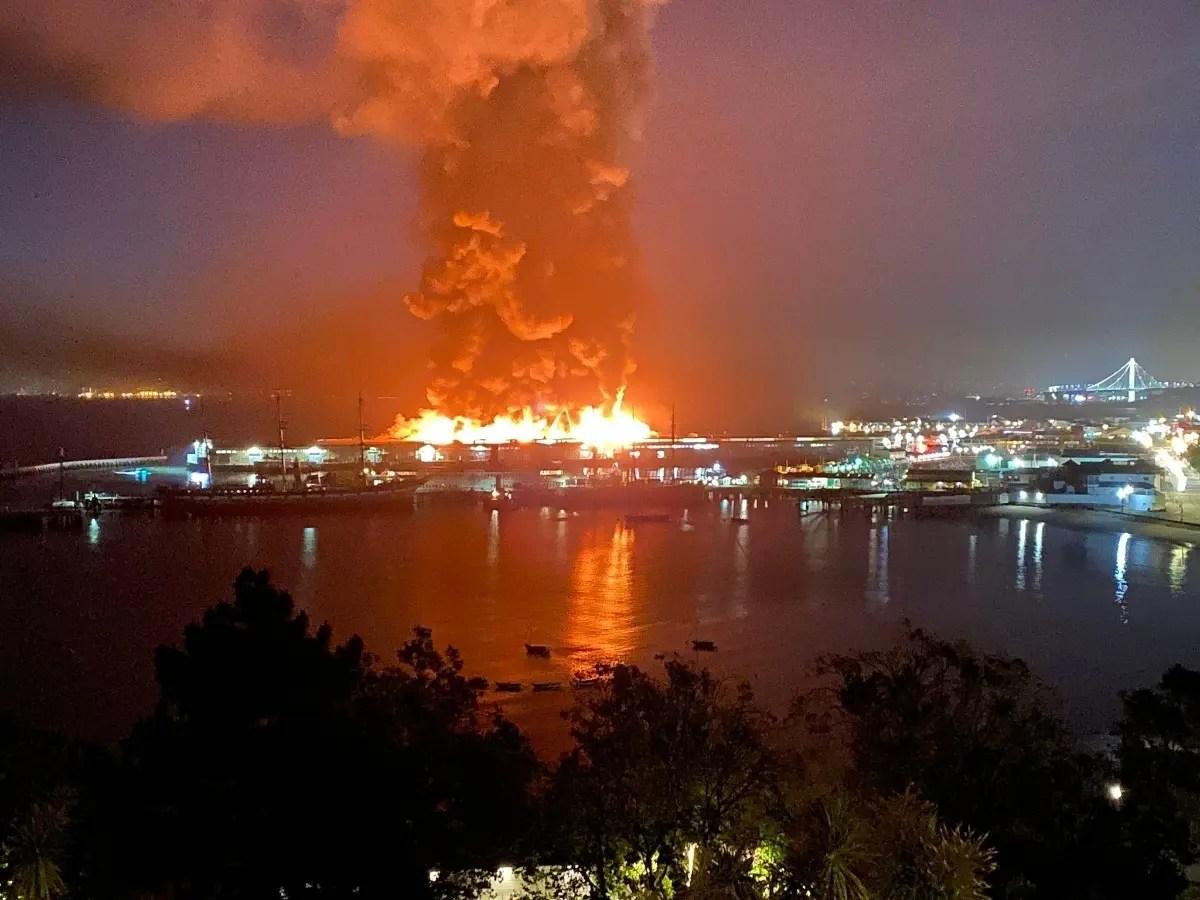 Crews Battle Four Alarm Fire At San Francisco S Pier 45