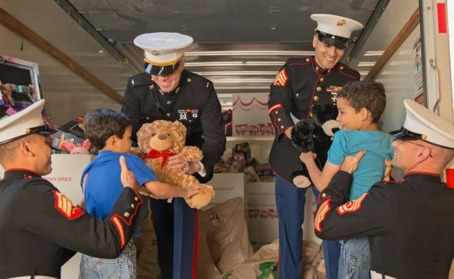 Toys For Tots Campaign Kicks Off In Kane Co St Charles