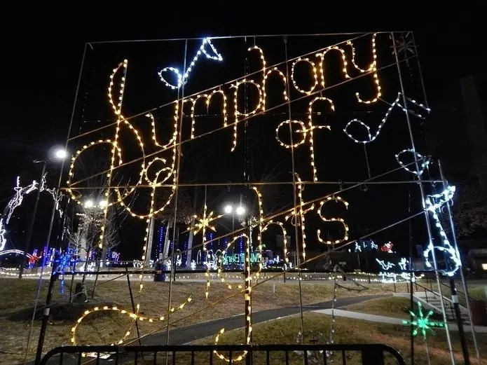 6 md holiday light shows that are