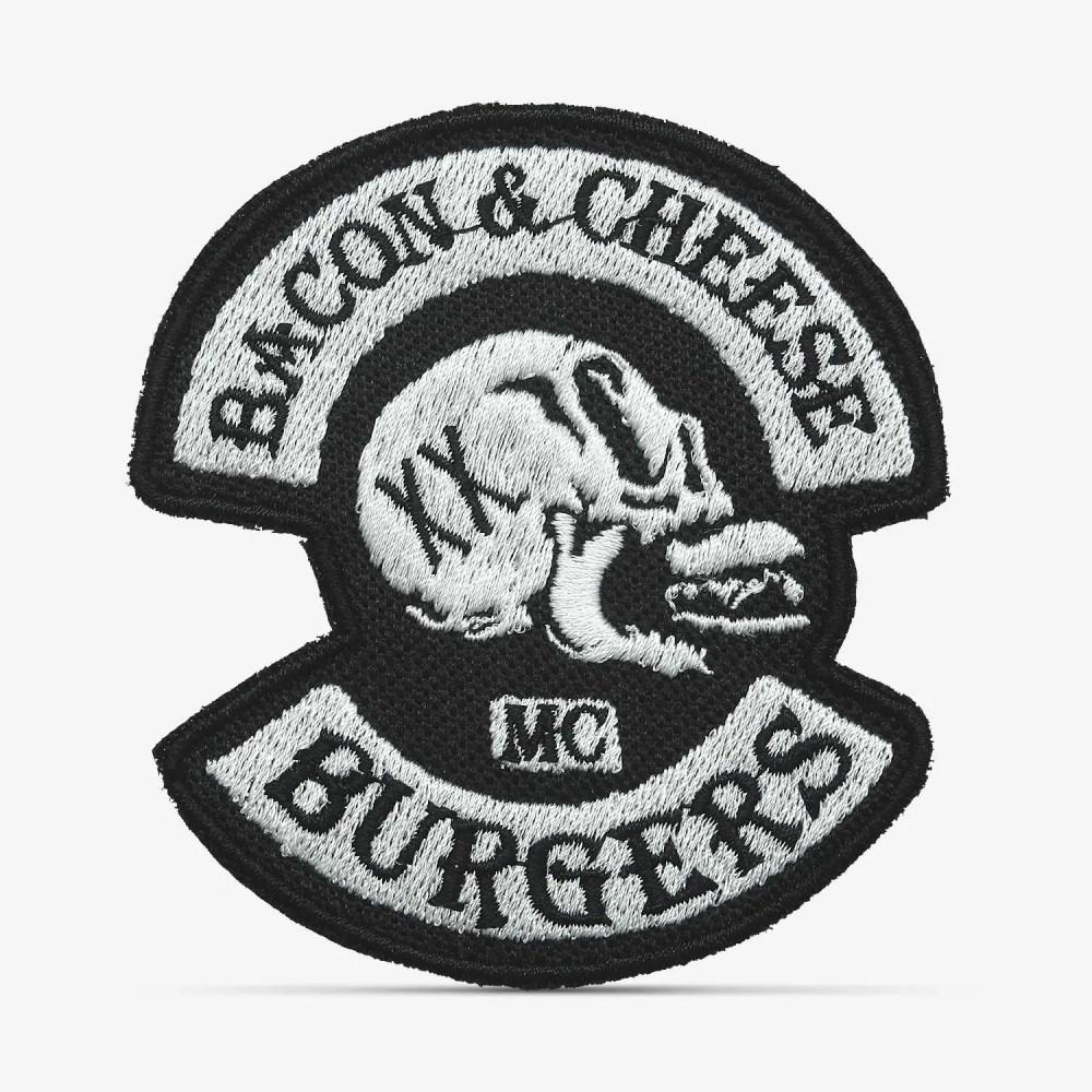 Patch Bordado Caveira Bacon & Cheese Burgers, preto, com termocolante 7,7x8,5cm da PATCH GANG