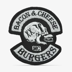 Patch Bordado Caveira Bacon & Cheese Burgers, preto, com termocolante 7,7x8,5cm da PATCH GANG