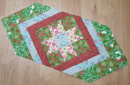 Patchwork Star Christmas by Allison Reid