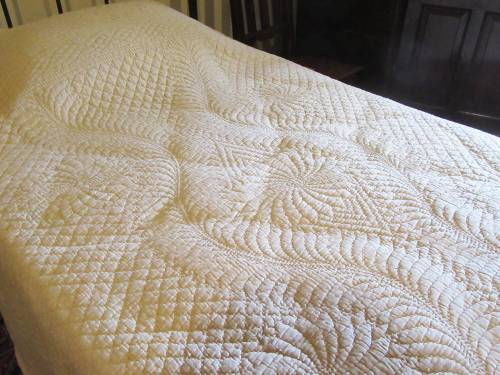 Batemans Wholecloth quilt by Allison Reid