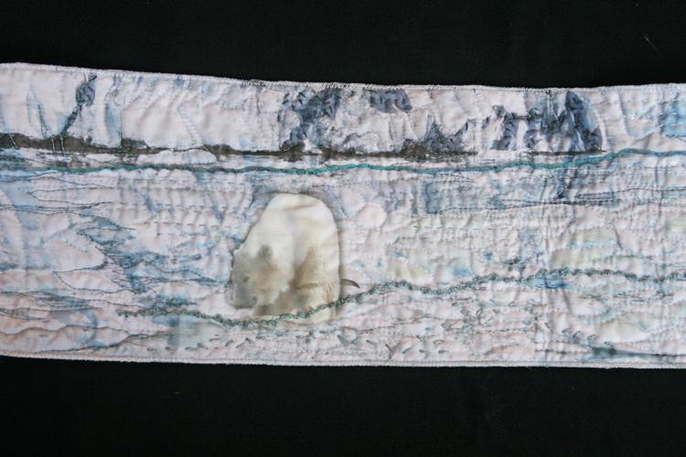 art quilt la ligne blanche, quilt en sud 2013, France Buyle, detail