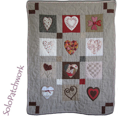 patchwork de lino con corazones