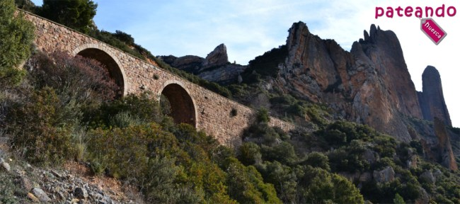 Vía de tren de el Canfranero