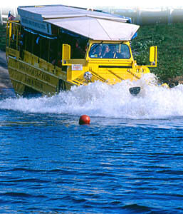 boston_duck_tour_splash